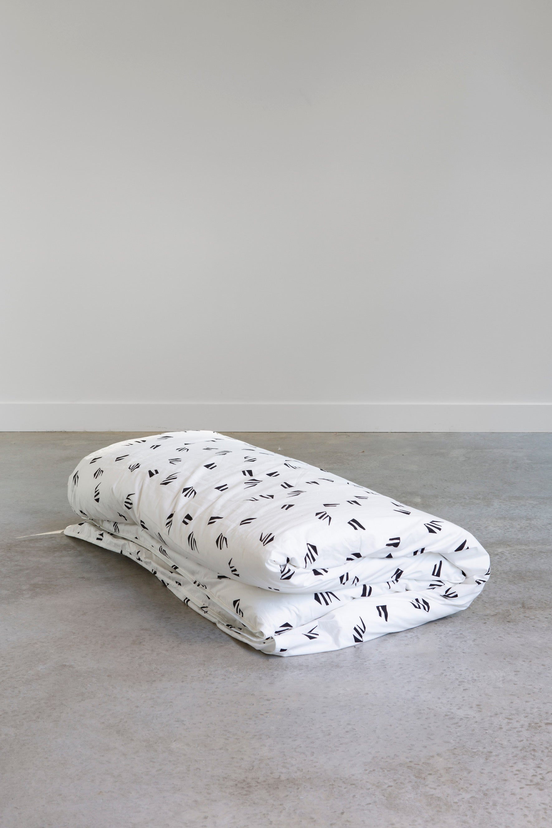 WHITE PAPER Doona Cover