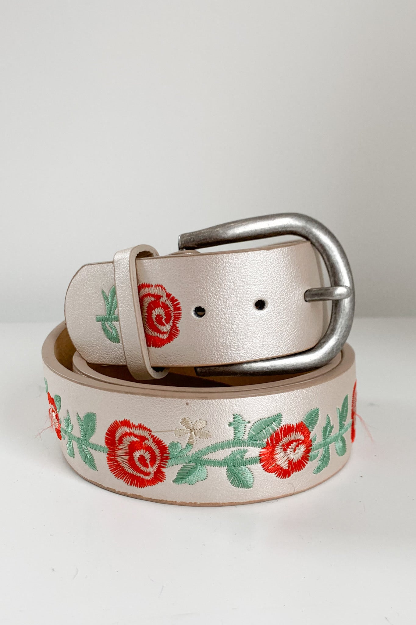 Carnation Belt-Pearl