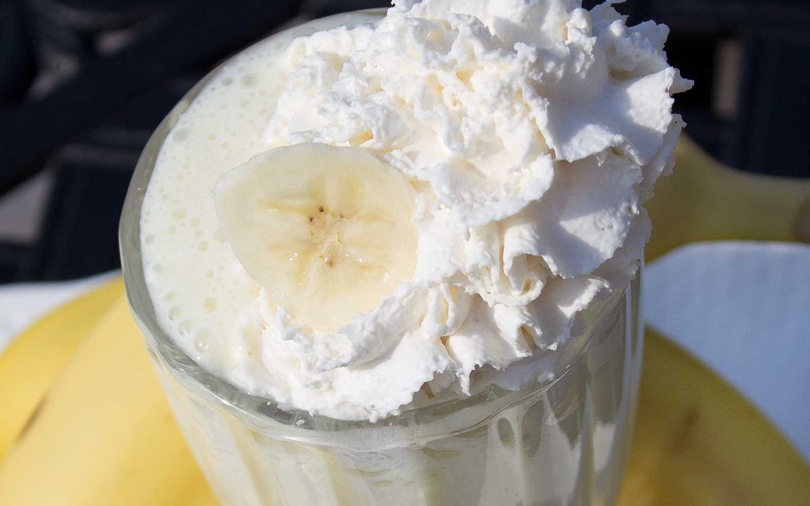 Decadent Banana Cream Pie Protein Smoothie