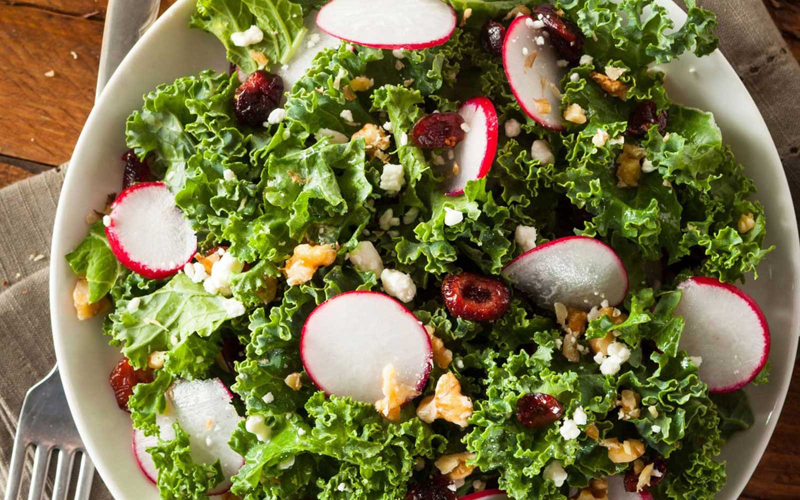 Colourful Kale Superfood Salad with Parmesan Garlic Protein Crackers