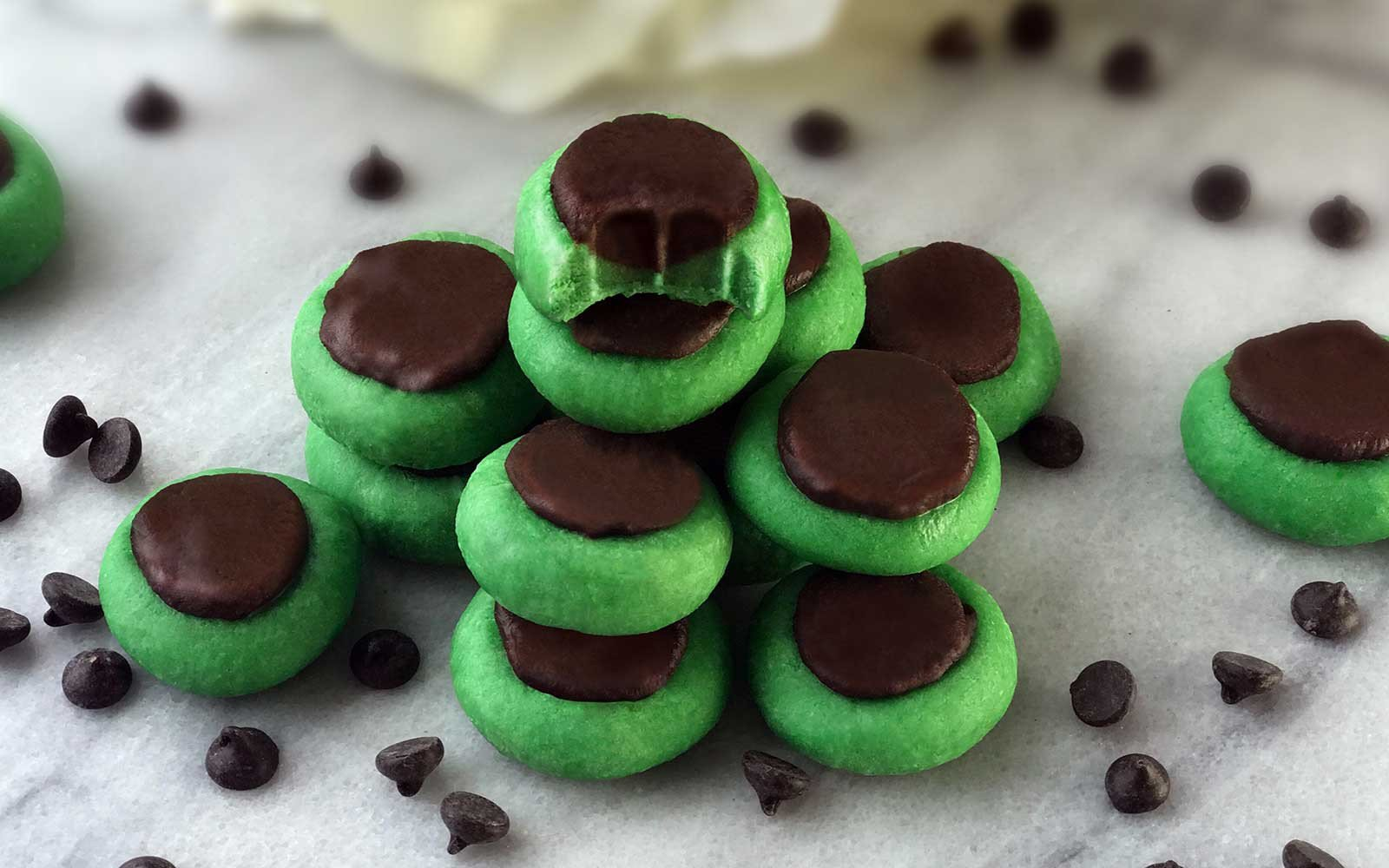 Mint Chocolate Mini Dessert Bites