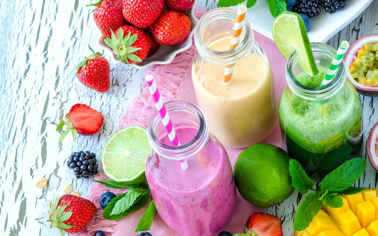 17 Sweet Smoothie Recipes To Cure Any Craving