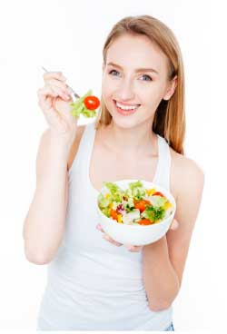 nutracelle girl with veggies
