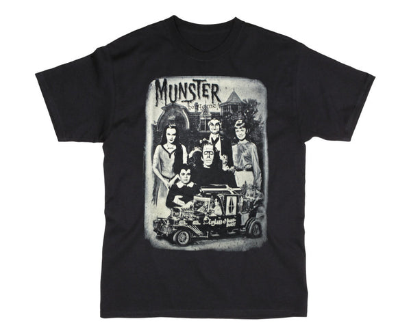 "The Munsters ""Munster Go Home"" Family Portrait Men's T-Shirt"
