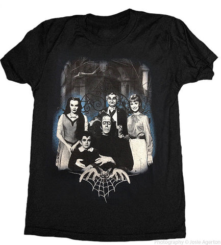 The Munsters Family Portrait Men's T-Shirt