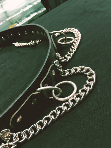 6 mini ring bondage belt with chain