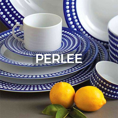 blue and white spotted dinnerware that when clicked leads to more color options
