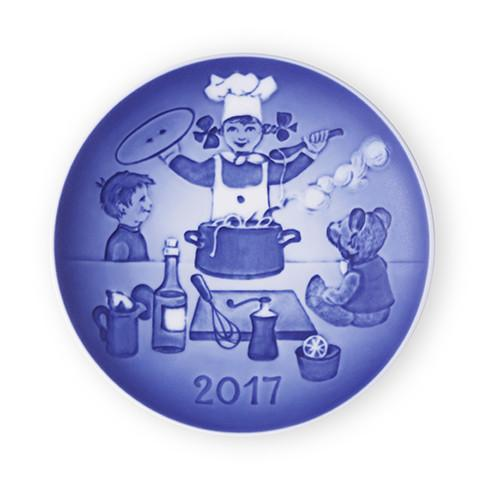 2017 Bing & Grondahl Children's Day Plate