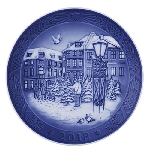 2018 Christmas Plate by Royal Copenhagen: LIMITED STOCK!