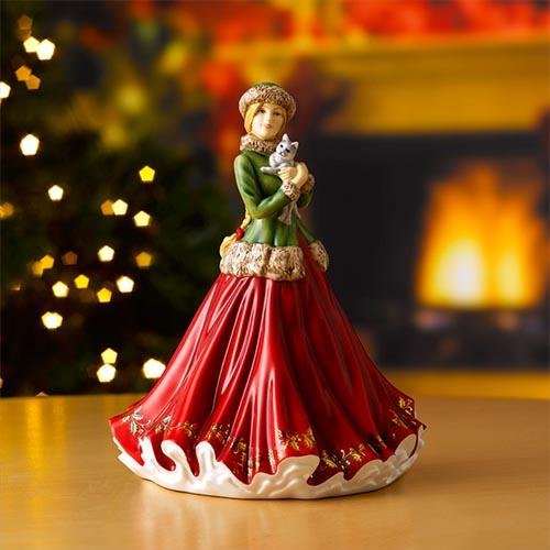 2020 Annual Christmas Figure of the Year: Christmas Treat by Royal Doulton