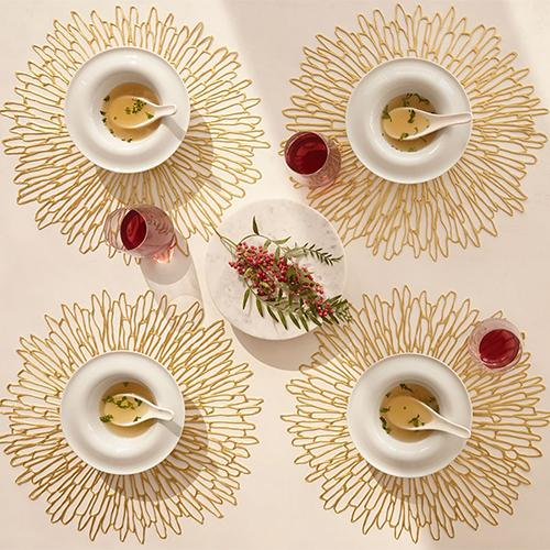 Chilewich: Bloom Pressed Vinyl Placemats