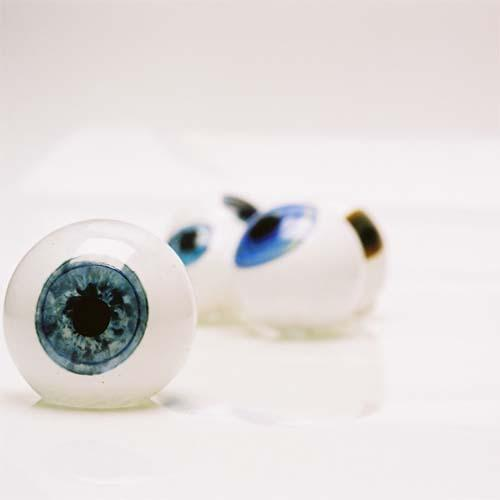 Glass Eye by Esque Studio