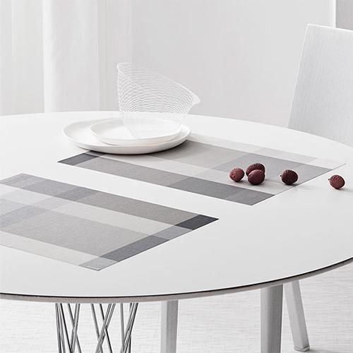 Chilewich: Chroma Woven Vinyl Placemats