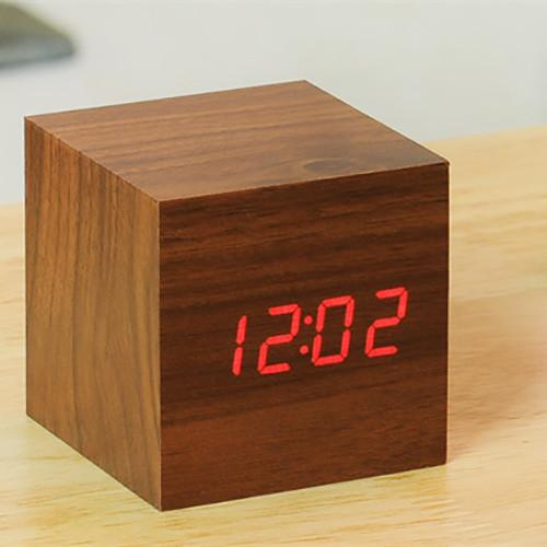 Cube Click Clock by Ginkgo