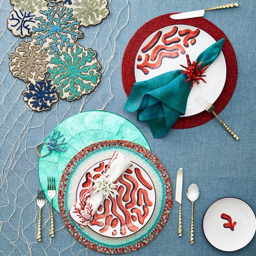 Amalfi Napkin Rings corral red and white in placesetting