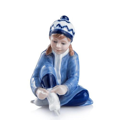 2016 Figurine: Girl with Ice Skates by Royal Copenhagen