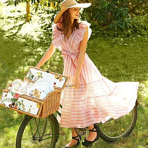 Wicker Picnic Basket with Lining by Juliska