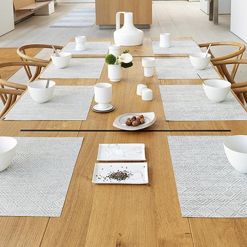 Chilewich: Mosaic Woven Vinyl Placemats & Table Runners