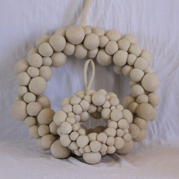 felt ball christmas wreath