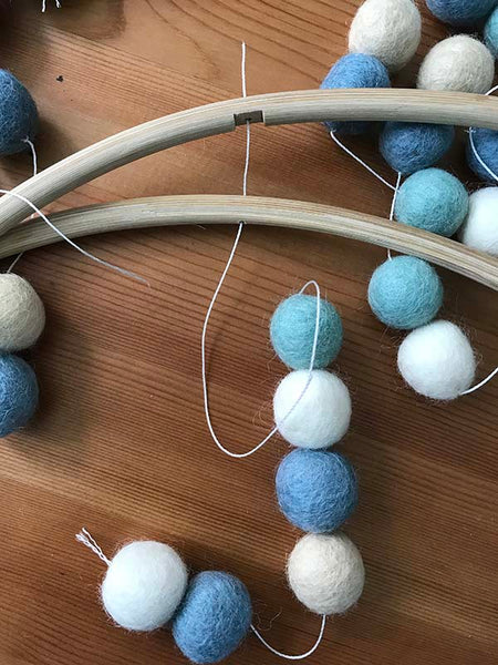 how to make felt ball mobile