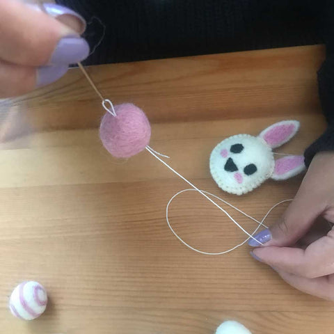 making felt ball mobile