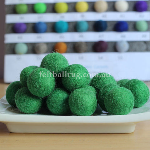 Felt Ball Spring Green 1 CM,  2 CM, 2.5 CM, 3 CM, 4 CM Colour 21 - Felt Ball Rug Australia - 1