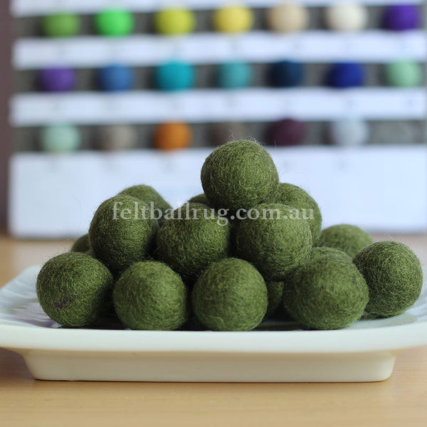 Felt Ball Green Grass 1 CM,  2 CM, 2.5 CM, 3 CM, 4 CM Colour 22 - Felt Ball Rug Australia - 1