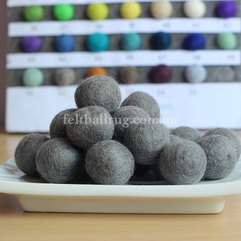 Felt Ball Silver Grey 1 CM,  2 CM, 2.5 CM, 3 CM, 4 CM Colour 34 - Felt Ball Rug Australia - 1
