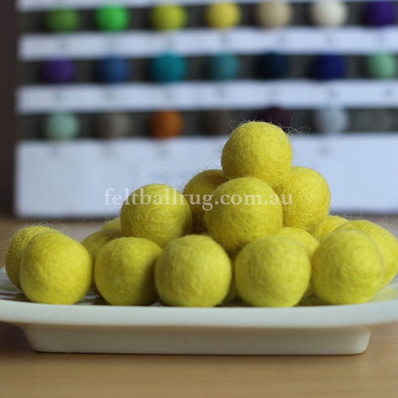 Felt Ball Sunshine Yellow 1 CM,  2 CM, 2.5 CM, 3 CM, 4 CM Colour 39 - Felt Ball Rug Australia - 1