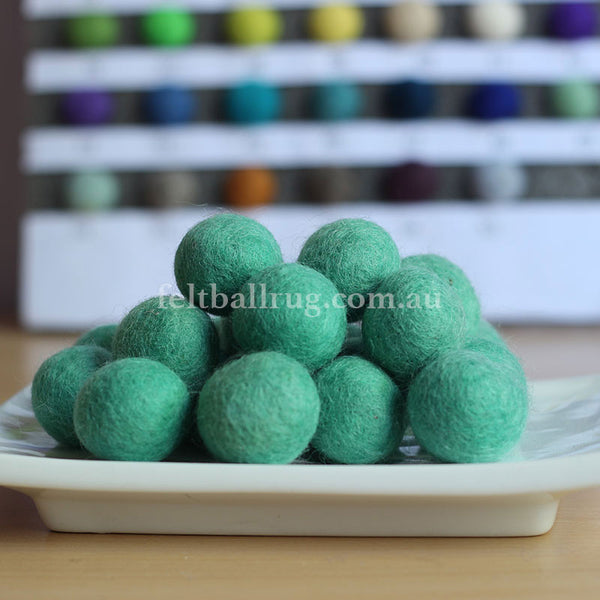 Felt Ball Spearmint 1 CM,  2 CM, 2.5 CM, 3 CM, 4 CM Colour 49 - Felt Ball Rug Australia - 1