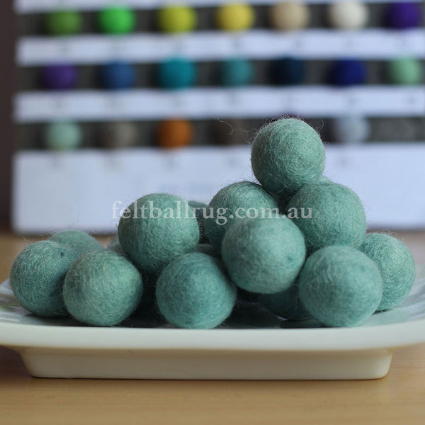 Felt Ball Lolly Green 1 CM,  2 CM, 2.5 CM, 3 CM, 4 CM Colour 50 - Felt Ball Rug Australia - 1