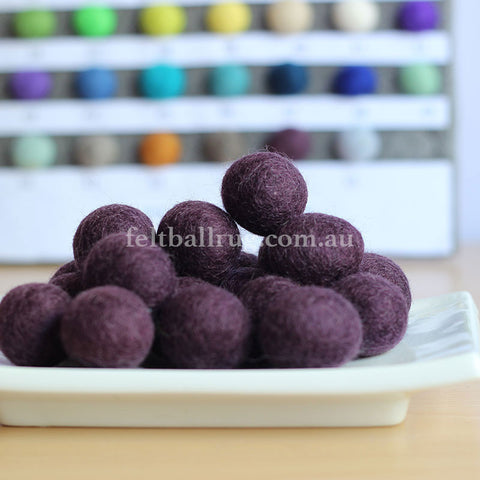 Felt Ball Burgundy 1 CM,  2 CM, 2.5 CM, 3 CM, 4 CM Colour 54 - Felt Ball Rug Australia - 1