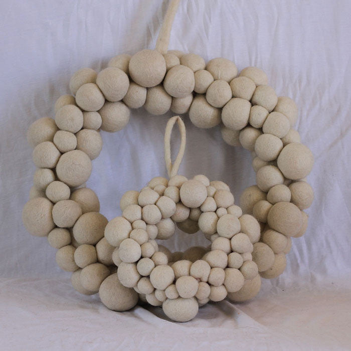 Felt Christmas Wreath White