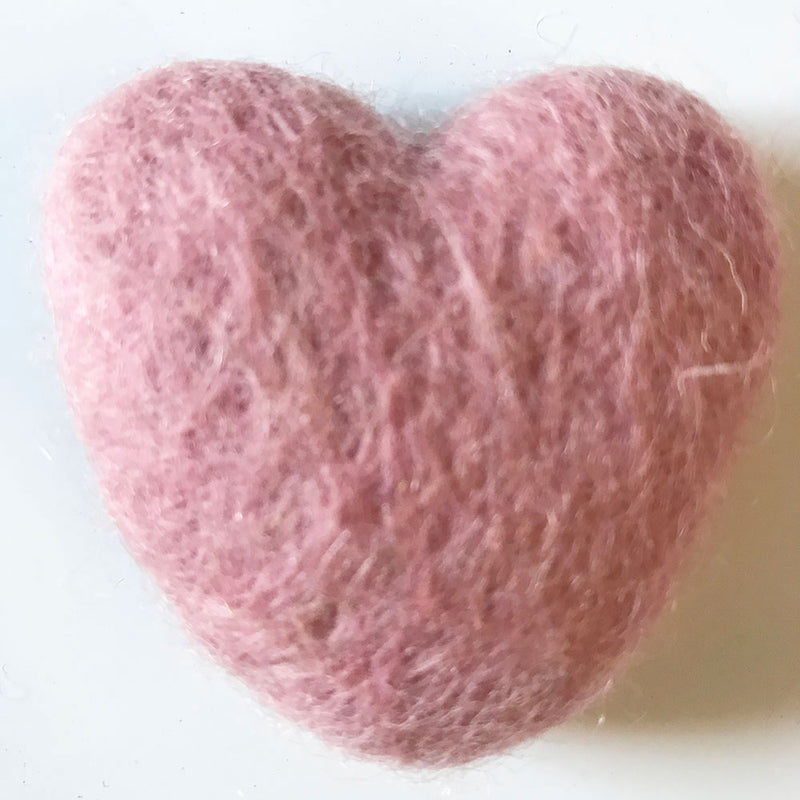 Felt Hearts light pink