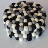 Monochrome Felt Ball Trivet