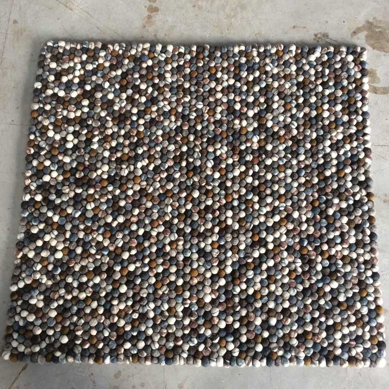 River Bed Pebble Stone Rug