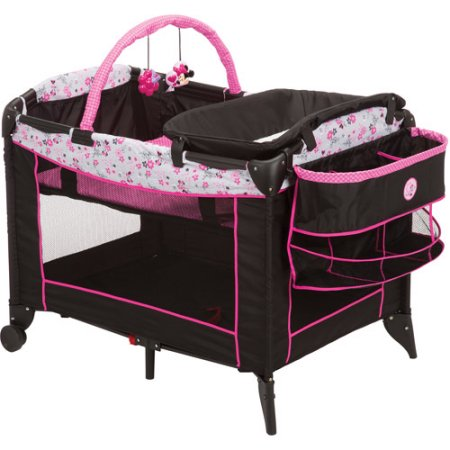 Disney Minnie Mouse Baby Portable Play Pen Playard with Bassinet n Diaper Changer