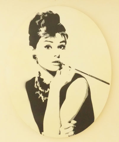 "Audrey Hepburn 20""x16"" oval - Exquisite Shop"