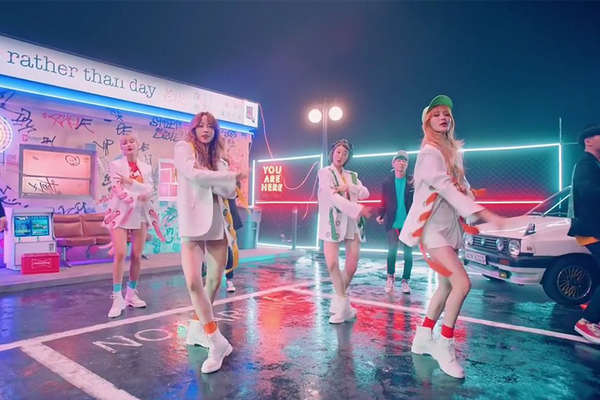 "EXID Prefer Hanging Out at ""Night Rather Than Day"" in Comeback Music Video"