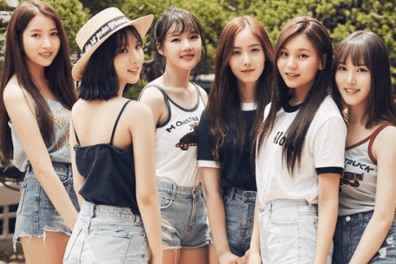"Gfriend Keep an Ear Out to Catch the ""Love Whisper"" in New Music Video"
