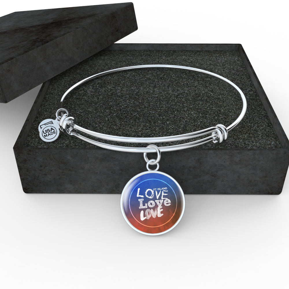"FT ISLAND ""LOVE LOVE LOVE"" Bangle - MYKPOPMART"