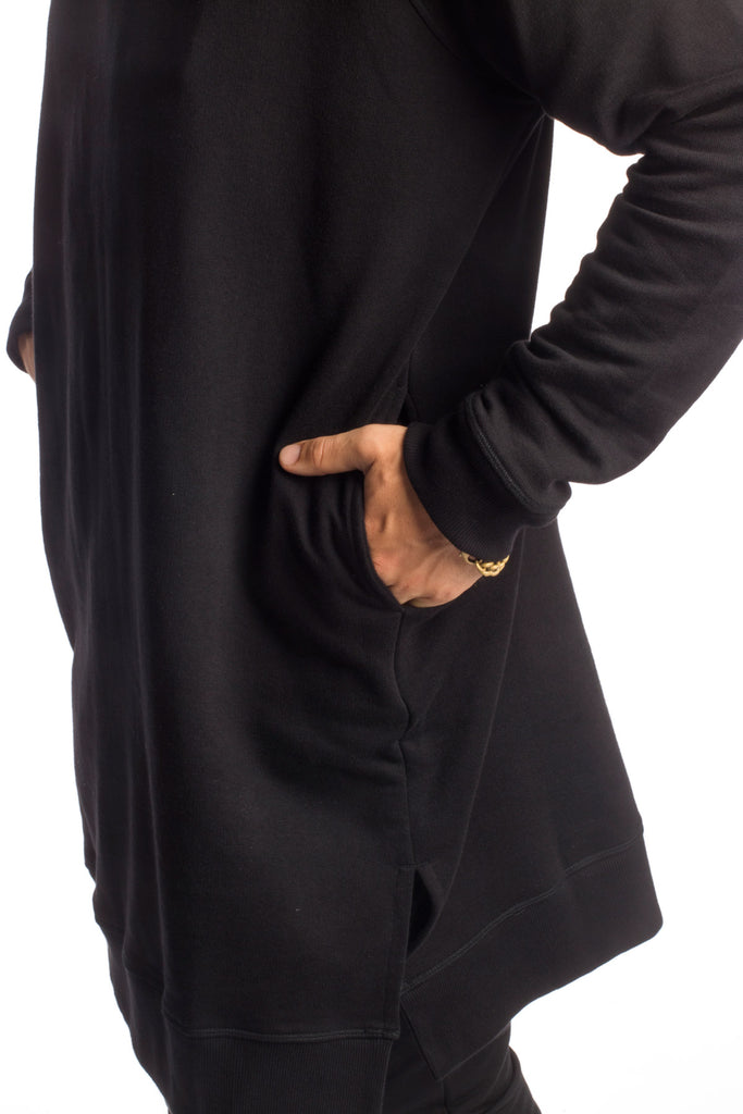 DISCRETION - SWEATER - BLACK