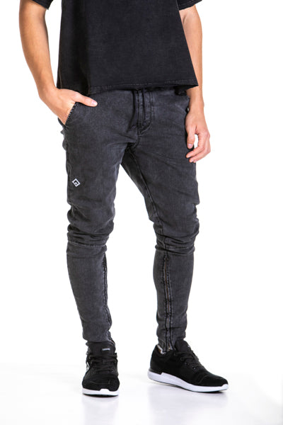 ESSENTIAL - STRETCH JEANS - BLACK