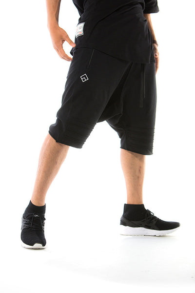 ESSENTIAL - HAREM SHORTS - (BLACK)