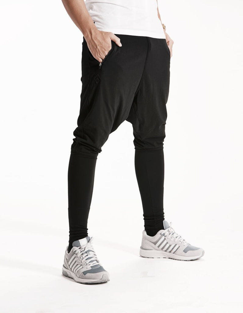 ESSENTIAL - HAREM PANTS - BLACK