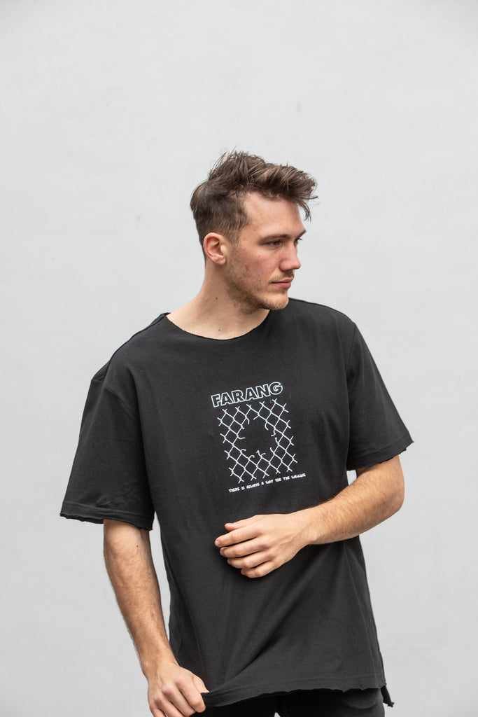 ON THE FENCE - TEE - BLACK