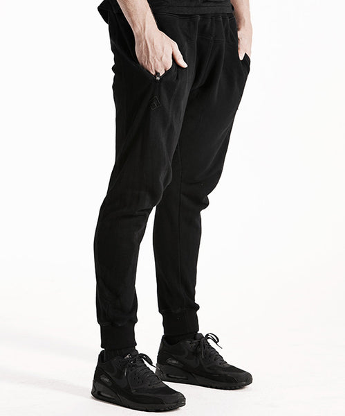 FORERUNNER - SLIM FIT TRACK PANTS - BLACK