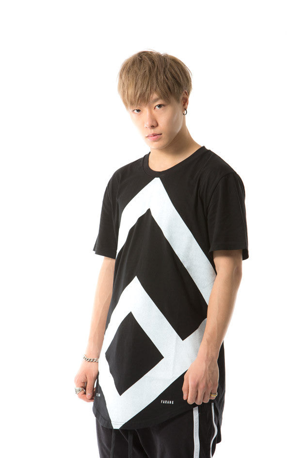 MASSIVE LOGO - TEE - (BLACK)