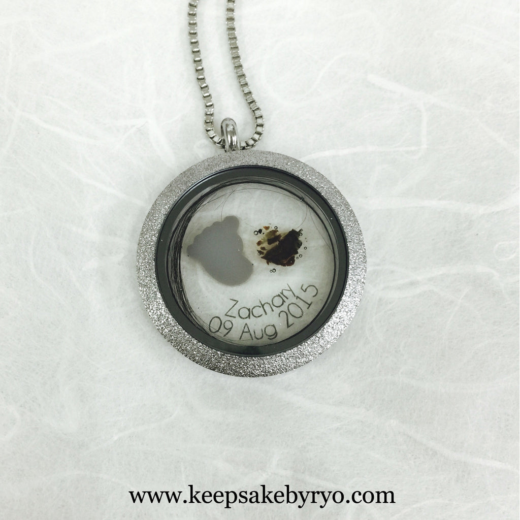 TRIPLE INCLUSION GLASS LOCKET
