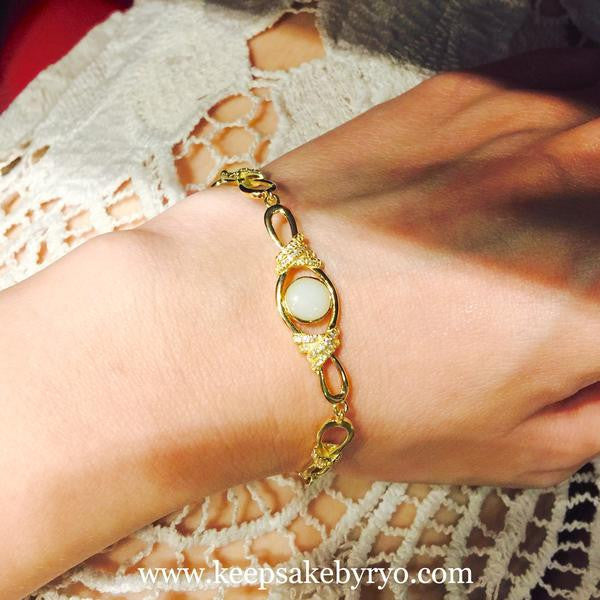 Breastmilk jewellery bracelet 14k solid gold
